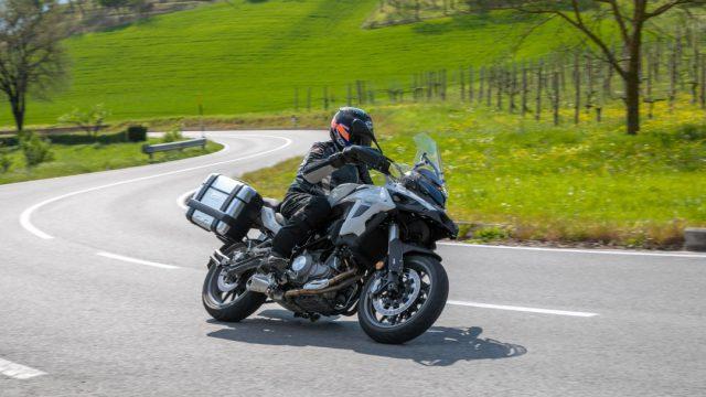 Riders_benelliTRK50212