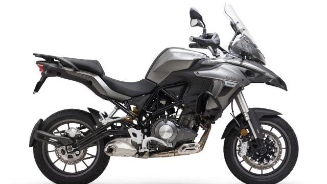 Riders_benelliTRK50218