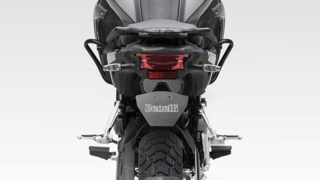 Riders_benelliTRK50221