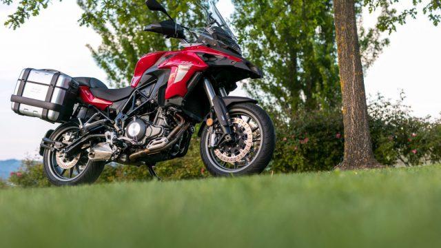 Riders_benelliTRK5025