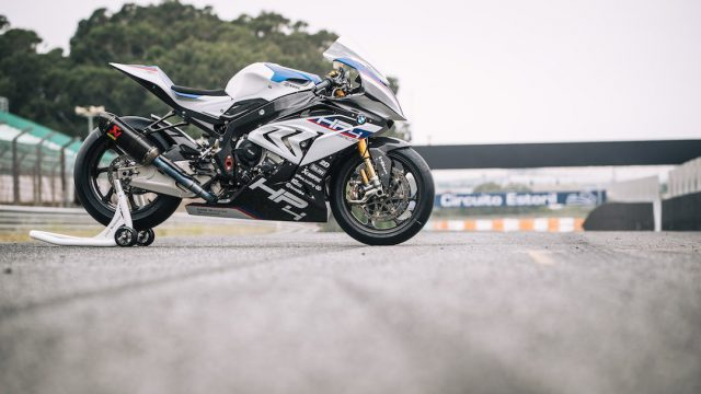 BMW HP4 Race Review16