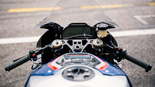 BMW HP4 Race Review4