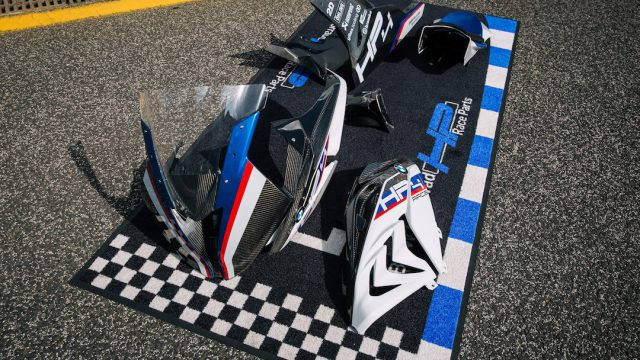 BMW HP4 Race Review7