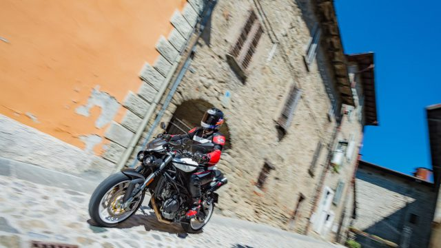 MOTO MORINI CORSARO 1200 ZZ Road Test: Better Stil 1