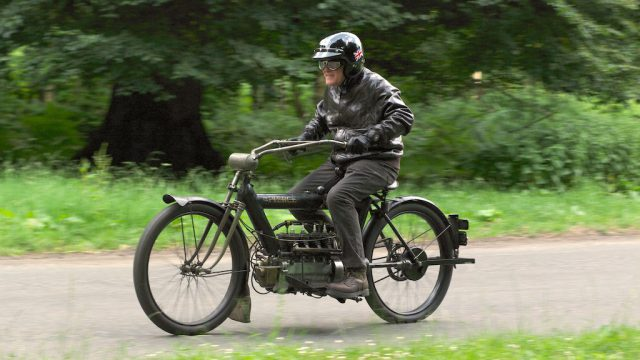 """1910 PIERCE FOUR road test: """"The Vibrationless Motorcycle"""" 1"""
