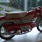 5 Not-So-Ordinary-Motorcycles: Aermacchi Chimera 175 10