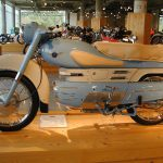 5 Not-So-Ordinary-Motorcycles: Aermacchi Chimera 175 11