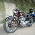 5 Not-So-Ordinary-Motorcycles: Ariel Square Four 5