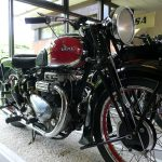 5 Not-So-Ordinary-Motorcycles: Ariel Square Four 7