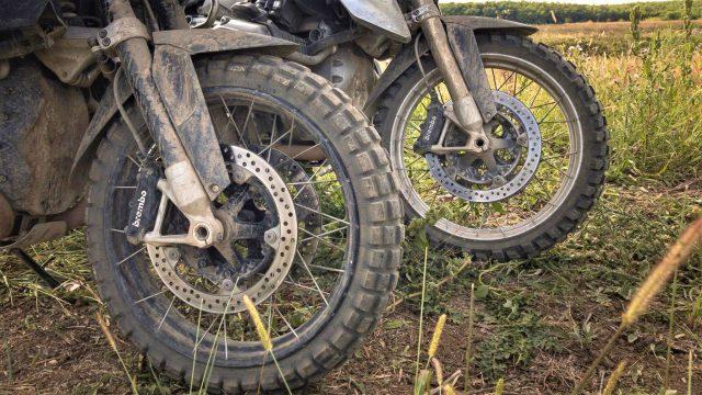 Michelin Anakee Wild vs. Continental TKC 80 Twinduro Review 1