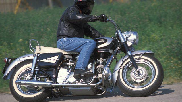 DUCATI V4 APOLLO 1260 Road test: Riding Ducati's Dinosaur 1