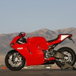 DUCATI DESMOSEDICI RR: Racer With Lights 5