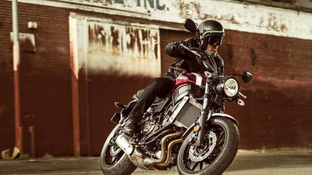 2018 Yamaha XSR700 24