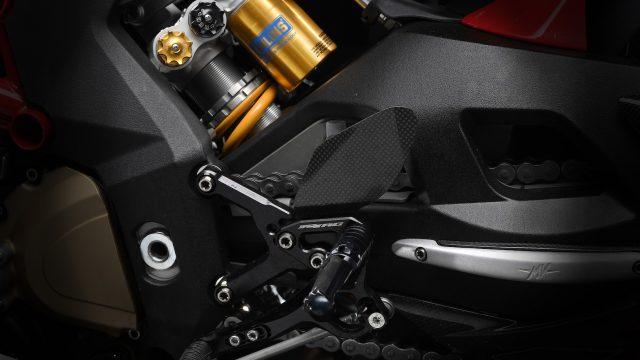 MV Agusta F4 RC Details9
