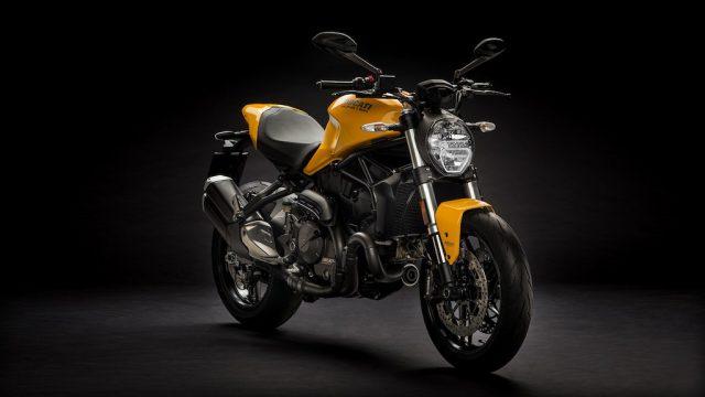 Updated Ducati Monster 821 for 2018 8