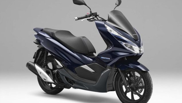 Honda unveils PCX Electric & Hybrid. Why it's so important 1