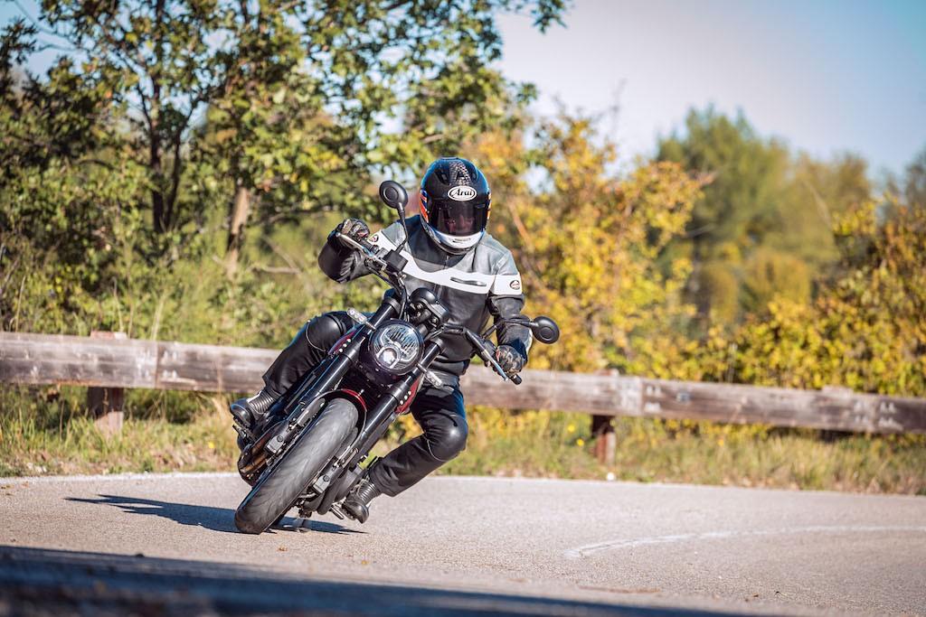 Benelli Leoncino 500 road test: citizen of the world