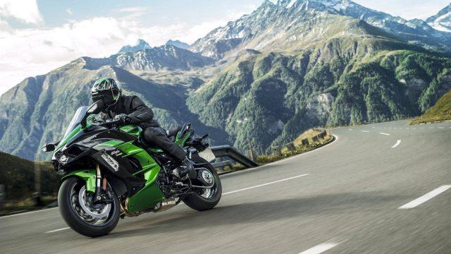 Kawasaki H2 SX - Most Powerful Sport-Tourer in the World 1