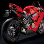 Ducati Panigale V4 unveiled. Brutal and brilliant 11