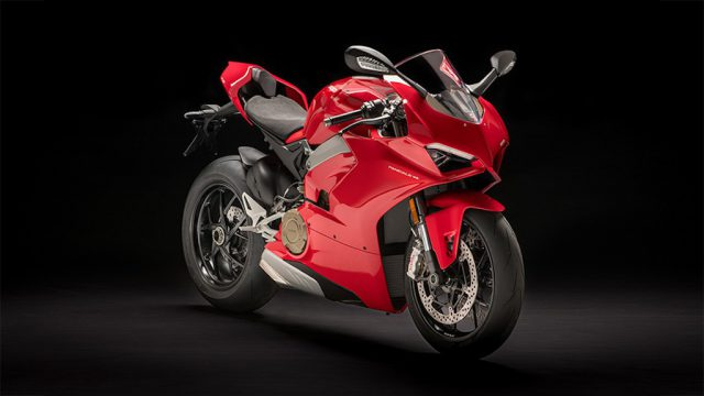 Ducati Panigale V4 unveiled. Brutal and brilliant 1