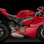 Ducati Panigale V4 unveiled. Brutal and brilliant 3