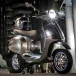 Vespa electric scooter - up to 200 km (124 miles) range 3