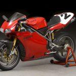 Ducati 996 - the Trellis-framed mechanized movie star 4
