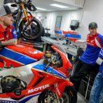 TT winner Ian Hutchinson swaps BMW for Honda 5