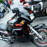 Kawasaki GPz 900R 13