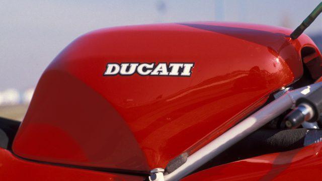 Ducati888 07