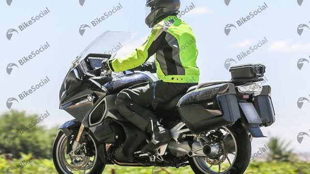 Here's the first spy shot of the new BMW RT 1250VVT 1