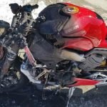Ducati Panigale V4 catches Fire in traffic 3