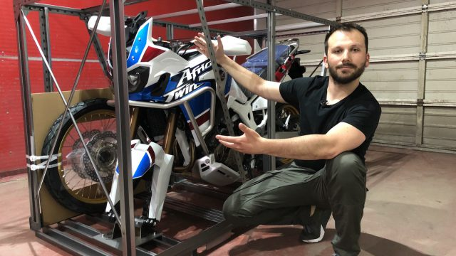 New Africa Twin Adventure Sports - Unboxing & Engine Start-up 1