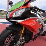 Aprilia RSV4 RF LE - MotoGP inspired winglets claimed the first victim 6