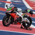 Aprilia RSV4 RF LE - MotoGP inspired winglets claimed the first victim 3