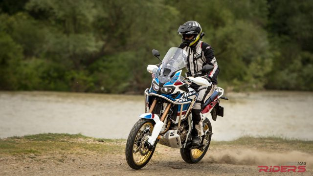 2018 Honda Africa Twin Adventure Sports - First Review 1