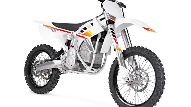 Alta Motors Redshift MXR electric bike enters the Erzberg Rodeo 1