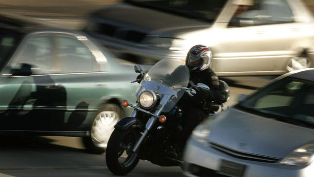 Ford patents warning system for lane-splitting motorcycles 10