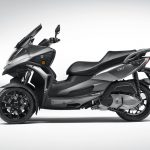 Quadro QV3 leaning scooter looks like a better alternative to Yamaha' Niken 6