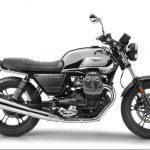 Moto Guzzi V7 III Limited looks smokin' hot in chrome, aluminium and carbon 2
