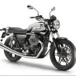 Moto Guzzi V7 III Limited looks smokin' hot in chrome, aluminium and carbon 3