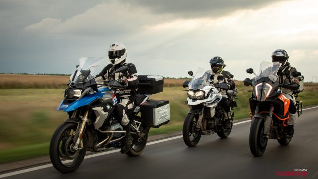 R1200GS vs. KTM 1290 Adventure S vs. Triumph Tiger 1200 | 2018 Comparison Review 1