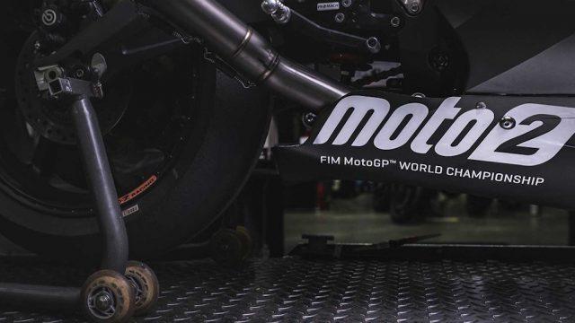 triumph moto 2 012
