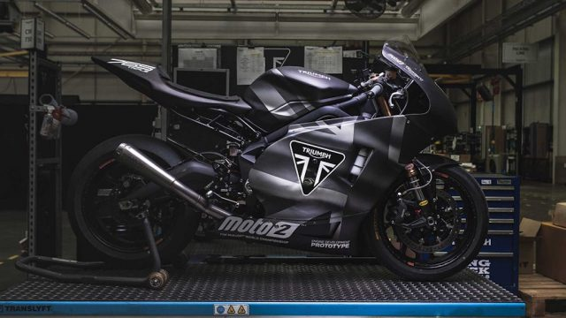 triumph moto 2 019