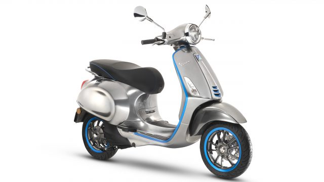 Vespa Elettrica to go into production. Online booking starting October 18