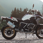 How the BMW R1250 variable cam engine works 2