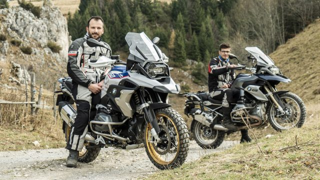 2019 BMW R1250GS vs. R1200GS | New vs. Old - In-Depth Review 3