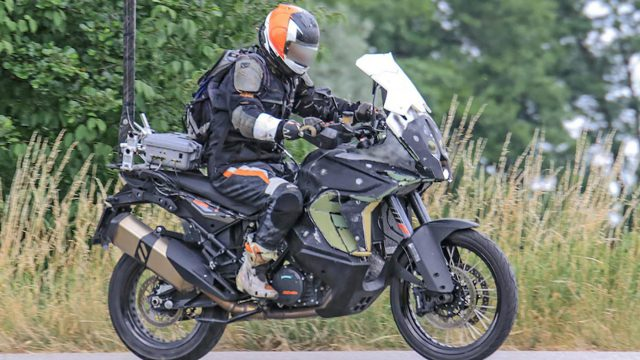 KTM 1090 Adventure to be updated for 2019 1