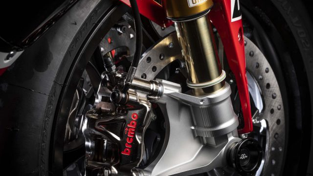 2019 Yamaha YZF R1 GYTR 06