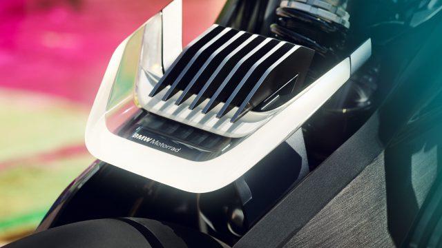 P90354715_highRes_bmw motorrad vision